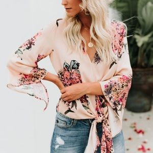 VICI floral knot shirt heavenly hydrangea top